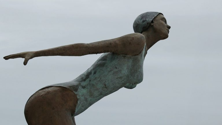 Sculpture Femme Figure Statue Art Corps Baigneurs
