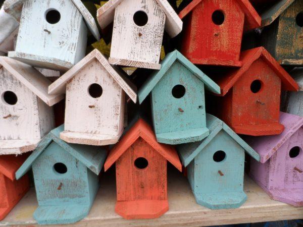 Rester chez-soi : aliénation ou émancipation ?
