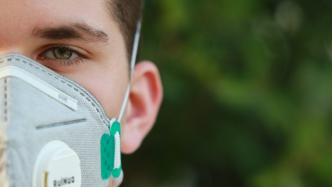 Le masque : entre le soin et la tentation autoritaire