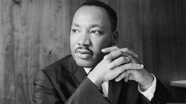 «  Ce n'est pas nous qui faisons l'histoire, c'est l'histoire qui nous fait. » – Martin Luther King
