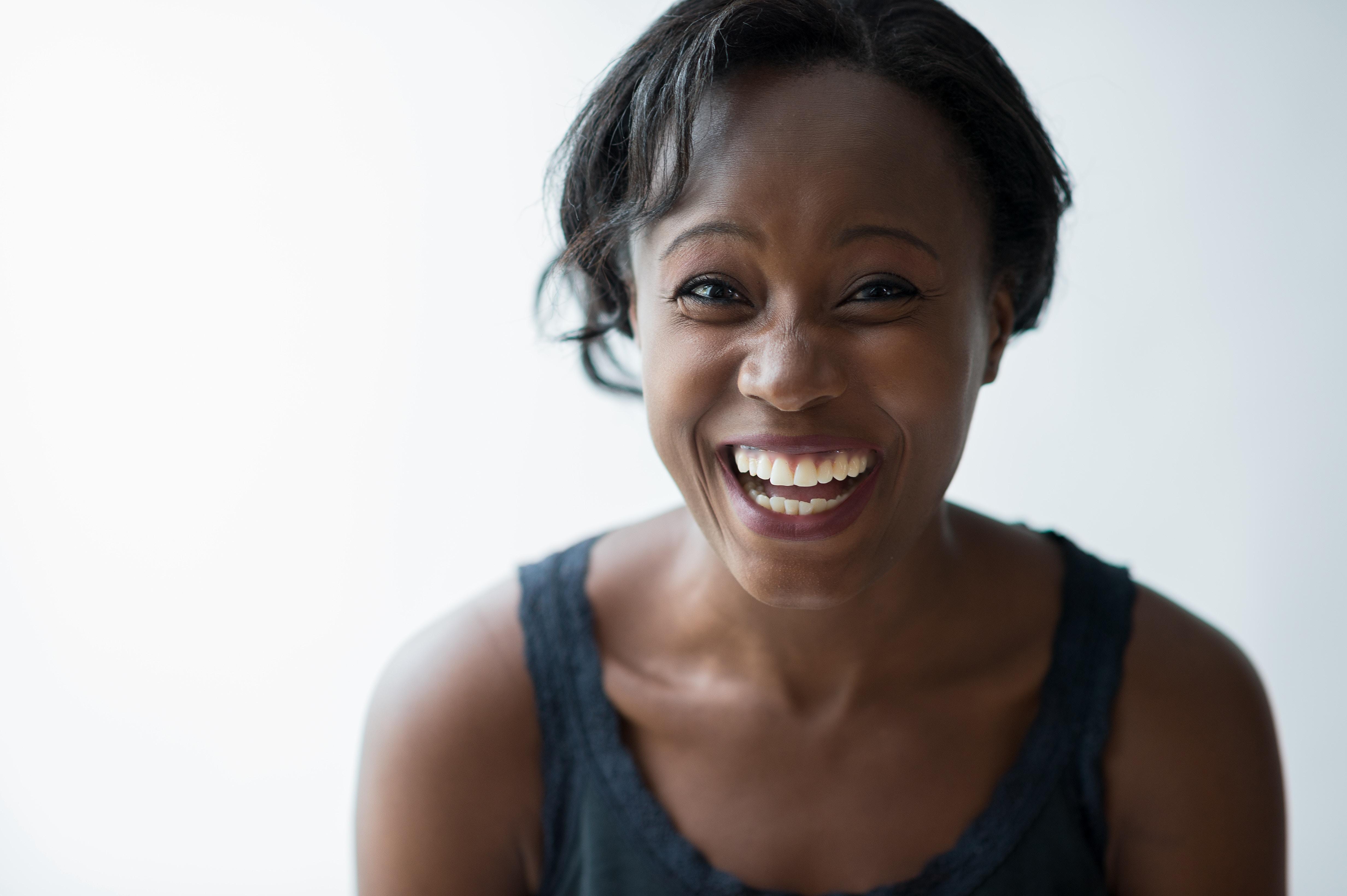 « Le rire est une joie pure et simple et, à condition d'être sans excès, il est bon par soi. » – Spinoza