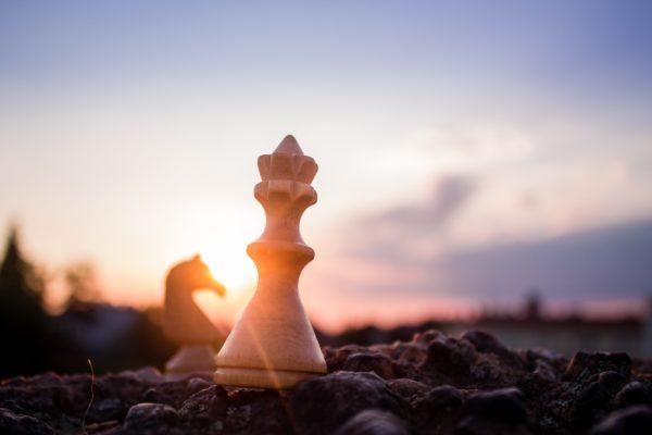 La stratégie, chaînon manquant entre philosophie et management